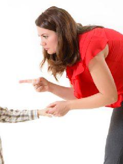 Mother threatens boy for misbehaving using coercive parenting