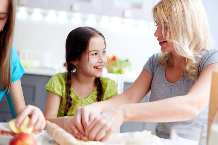 Mom gives words of encouragement for kids over baking