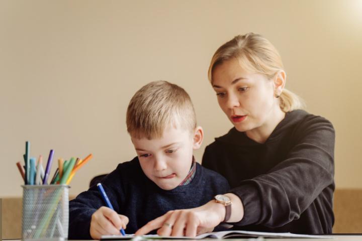 parent help child on homework part of the family involvement programs