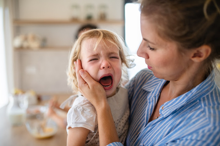 clinical psychologist rebecca schrag hershberg a Mother with a screaming 3 year old